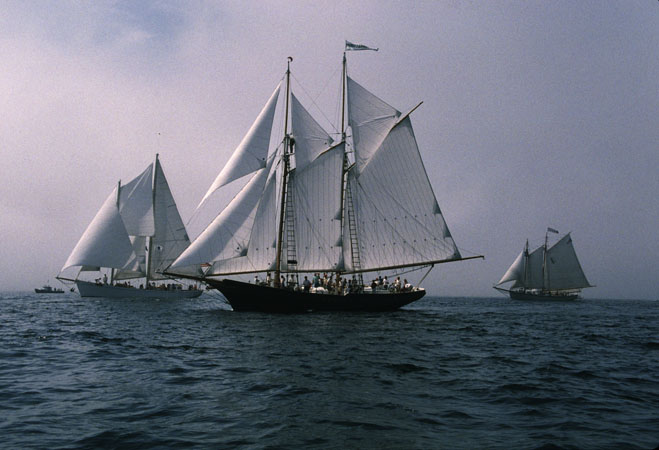 Thomas E. Lannon under sail, Gloucester Schooner Race, Ship, 1997; Harold A. Burnham (b. 1967); Essex, Massachusetts; Photography by Lewis G. Joslyn